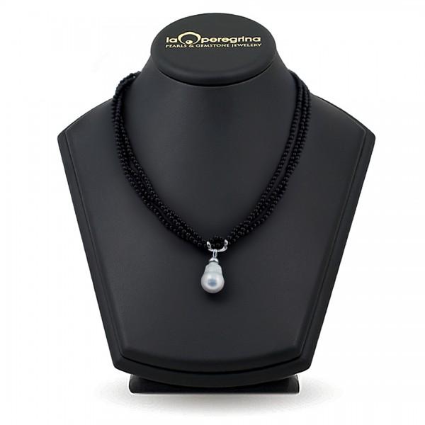 Ожерелье из трех нитей агата с барочным жемчугом
