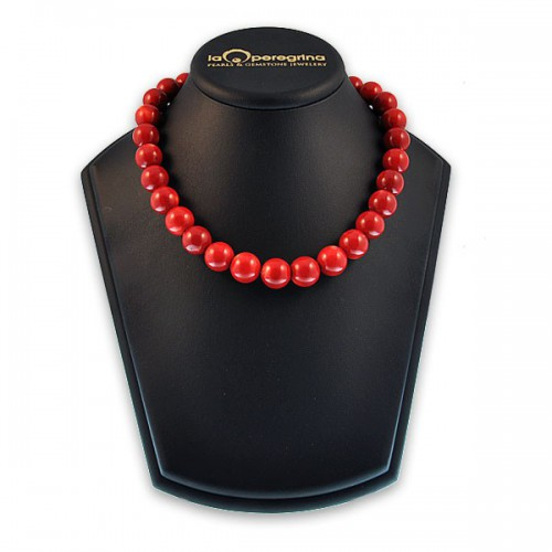 Ожерелье из  кораллов