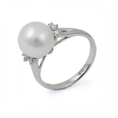 Кольцо из белого золота 750 пробы с натуральным жемчугом и бриллиантами